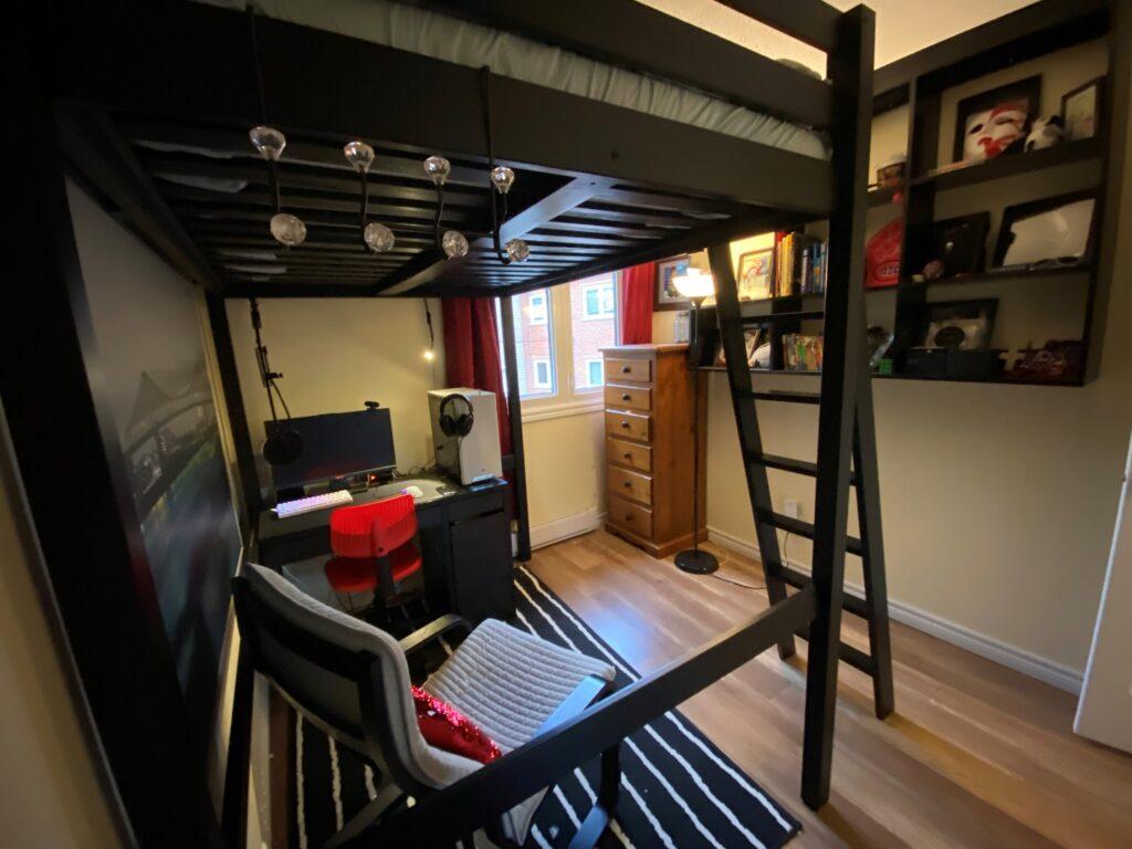 Ians room